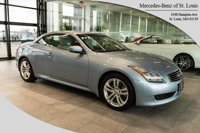 Pre-Owned 2010 INFINITI G37 Convertible Base